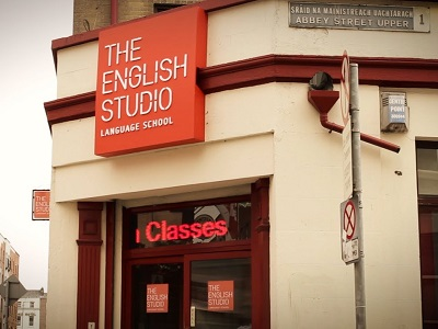 The English Studio в Дублине